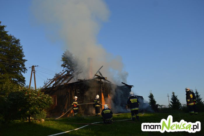 Rano spłonął drewniany dom [FOTO]