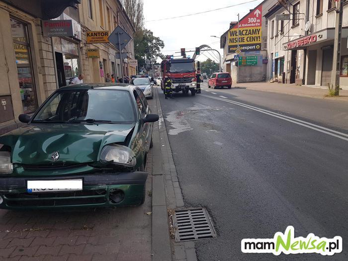 Karambol czterech samochodów w centrum Andrychowa [FOTO]