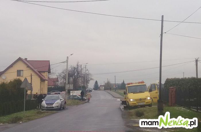 Kolejna kraksa na tym skrzyżowaniu. Może trzeba tam wybudować rondo?