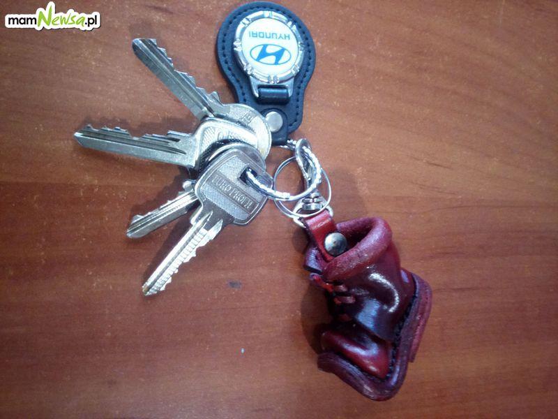 Mieszkaniec znalazł klucze. Czyja zguba?