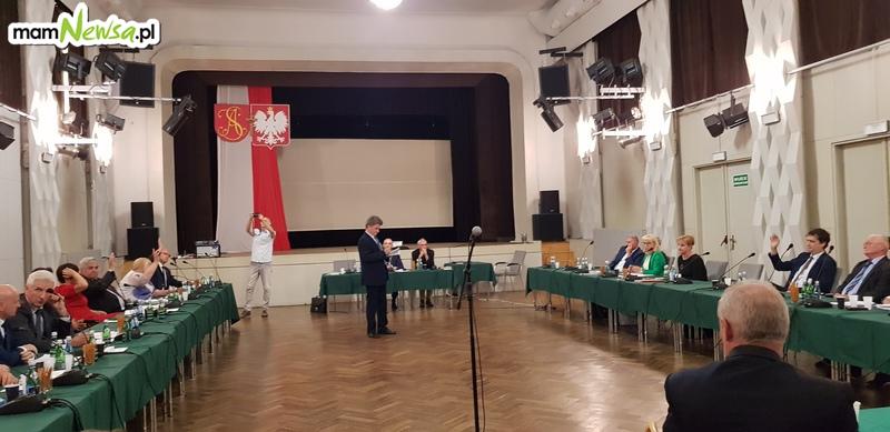 Ostro! Radna: mam nadzieję, że Rada Miejska udziela absolutorium Tomaszowi Żakowi po raz ostatni