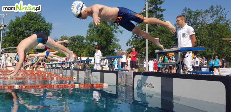 Dziś basen nieczynny, bo trwają międzynarodowe zawody pływackie [FOTO]