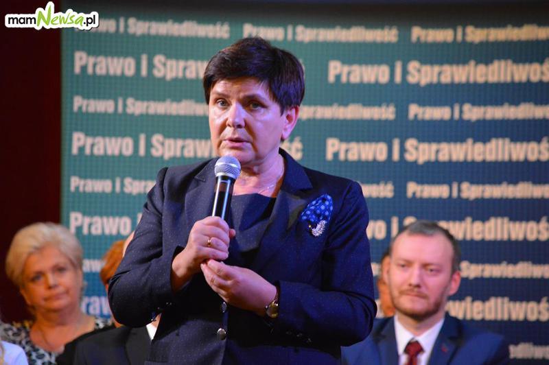 Beata Szydło w Andrychowie promuje kandydatów PiS na burmistrzów i radnych [FOTO]