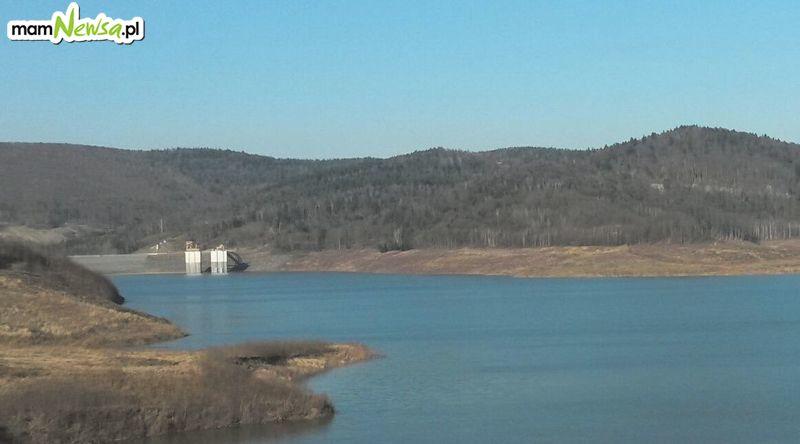 Elektrownia na jeziorze lada dzień zacznie produkować prąd