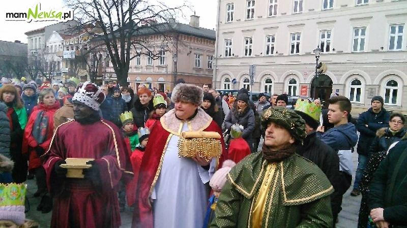 Barwne Orszaki Trzech Króli przeszły ulicami [FOTO]