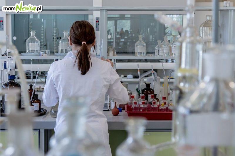 Pierwszy przypadek koronawirusa w Polsce, dyrektorzy szkół apelują do rodziców