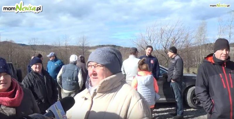 Mieszkańcy postanowili zablokować budowę nowego nadajnika w Rzykach [VIDEO]