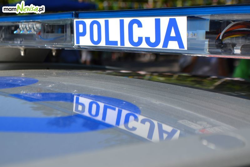 Mężczyzna namierzył pijanego kierowcę, szybka interwencja policji
