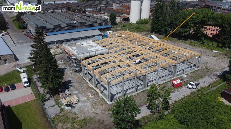 W centrum Andrychowa rośnie nowy market, a co z Galerią Andrychów?