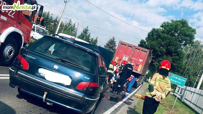 Poważny wypadek na krajówce, droga zablokowana [AKTUALIZACJA]