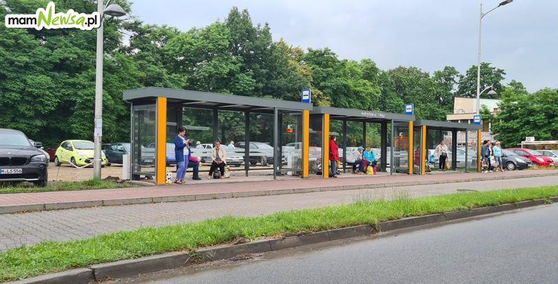 O której przyjedzie autobus? Andrychów kupuje tablice informacyjne za kilkaset tysięcy zł