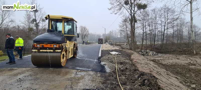 Nowy most na drodze powiatowej już prawie gotowy [FOTO]