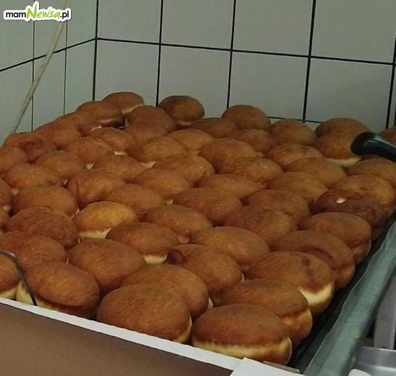Zobaczcie, jak się robi pączki w piekarni Marczyński