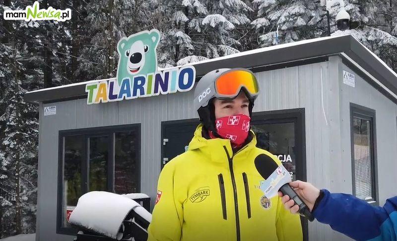 Zimowy poranek na Czarnym Groniu. Szkółka narciarska TALARINIO