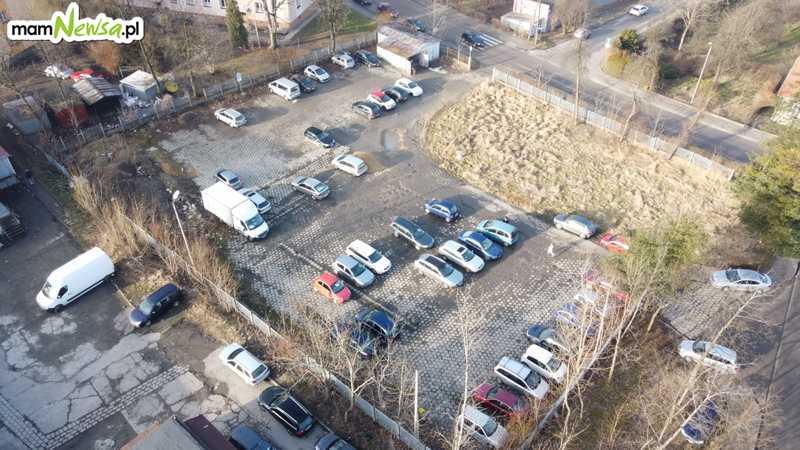 Wkrótce zniknie duży parking na osiedlu w Andrychowie