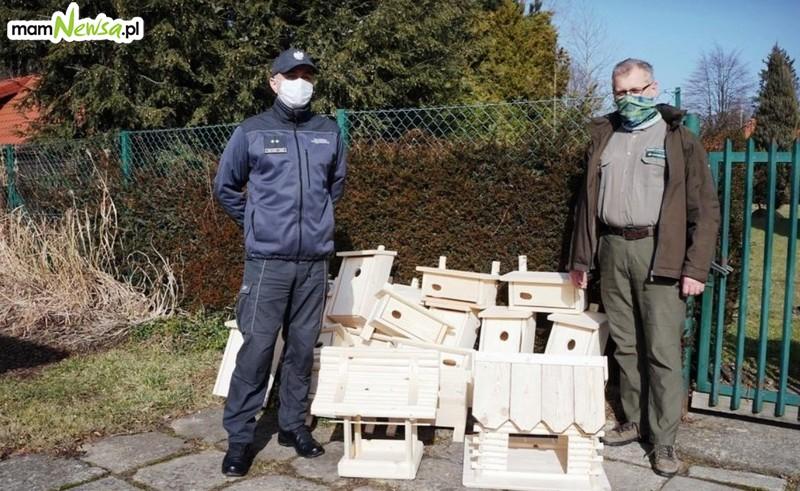 Więźniowie zrobili domki dla ptaków