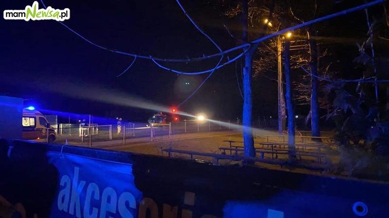 Nocne lądowanie śmigłowca