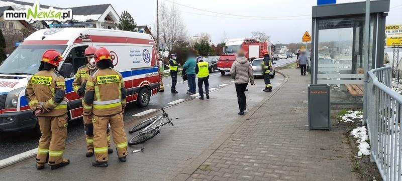 Potrącenie na drodze krajowej w pobliżu InwałdParku [FOTO]