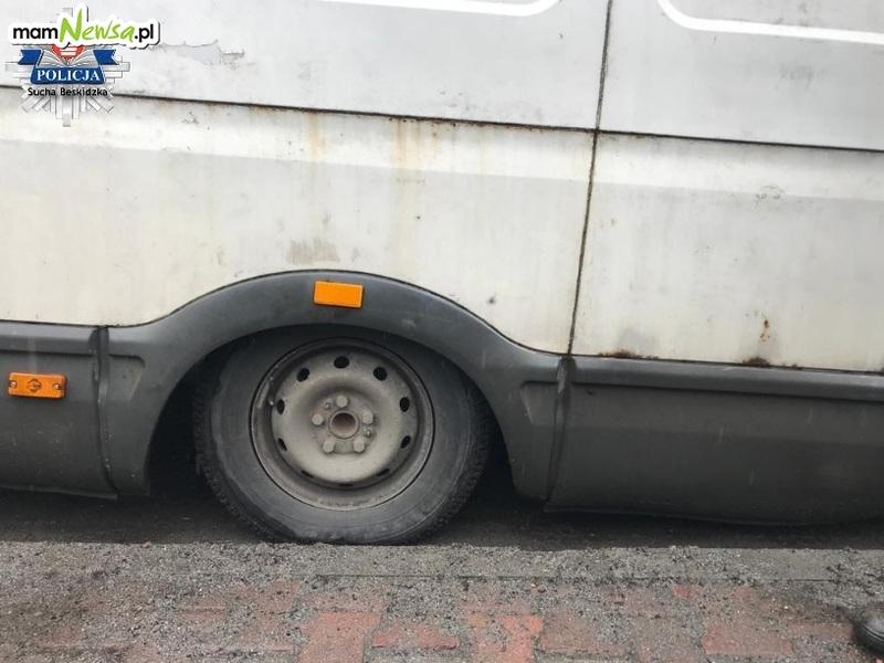 """Koszmarny bus. Kierowca tłumaczył """"że kiedyś tak się jeździło"""" [FOTO]"""