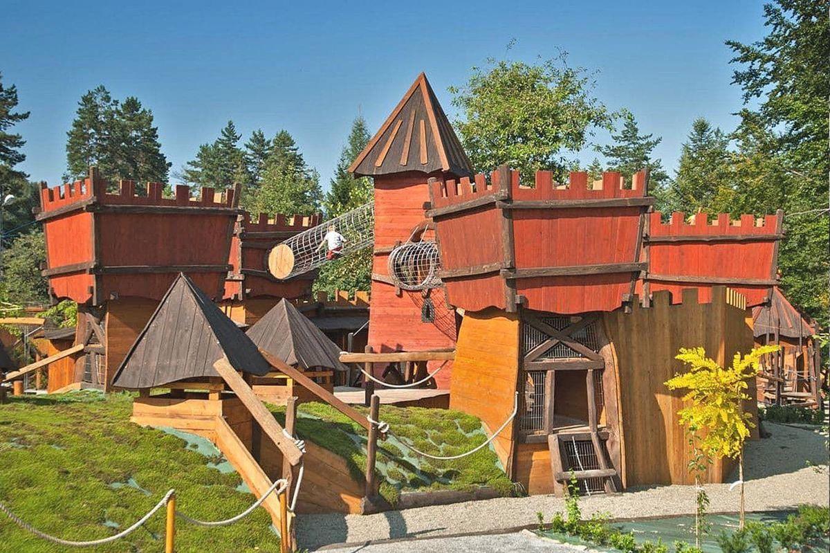 8 maja otwarcie Magicznej Osady na Czarnym Groniu