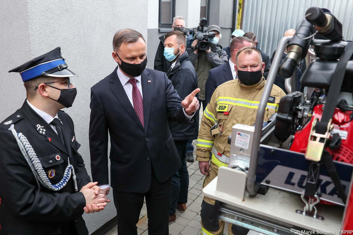 Prezydent Andrzej Duda odwiedził strażaków [FOTO]