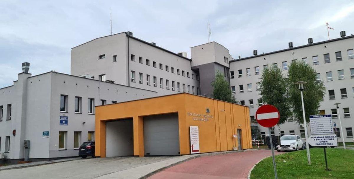 Szpitale wracają do normalności i przywracają usługi