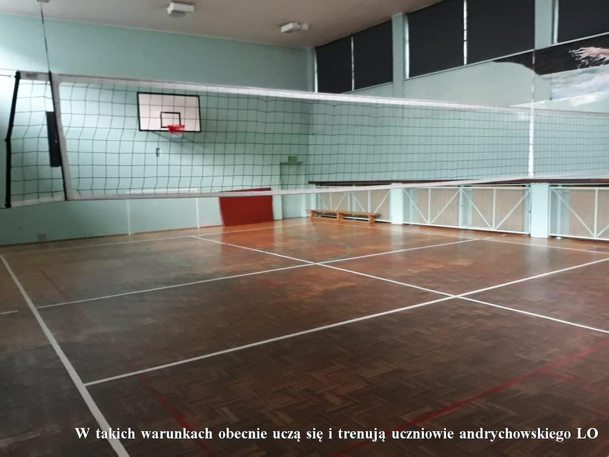 Nowa hala sportowa na miarę XXI wieku przy andrychowskim liceum coraz bliżej