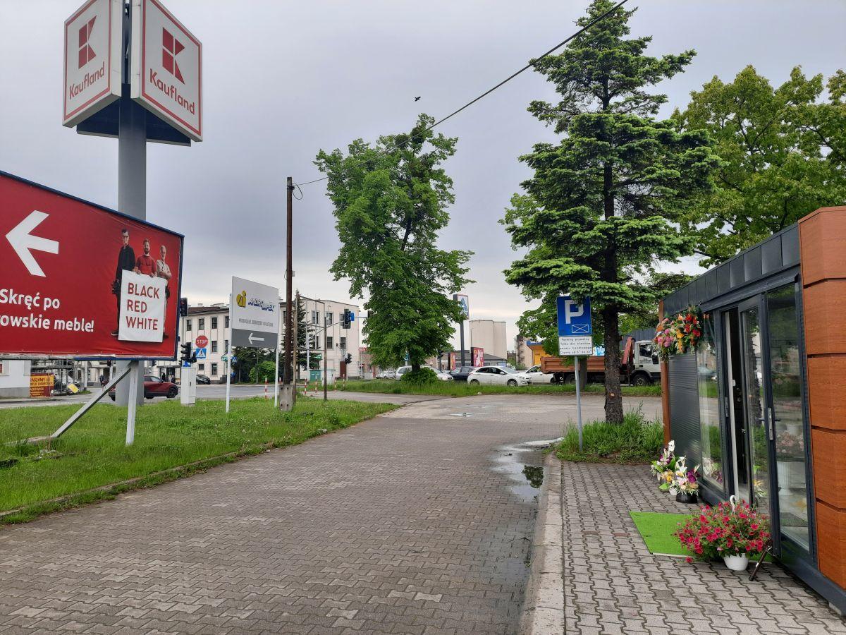 Kwiaciarnia w TESCO Łucja Pająk w Andrychowie zmienia lokalizację! [FOTO]