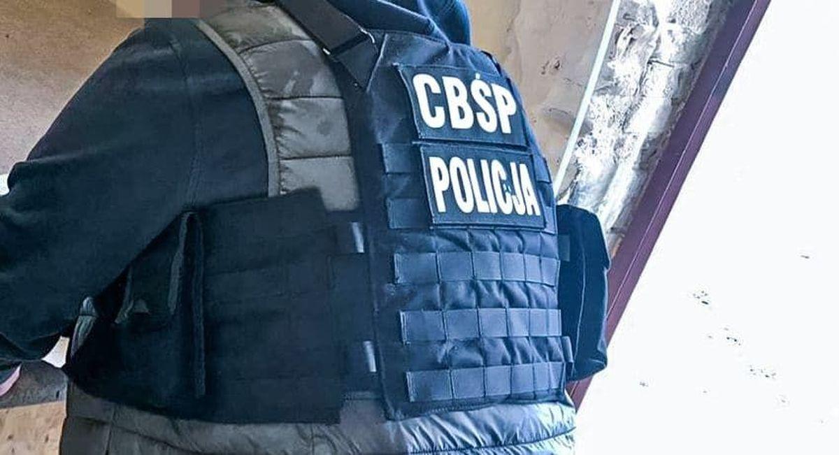 Akcja CBŚ. Domowa wytwórnia narkotyków zlikwidowana