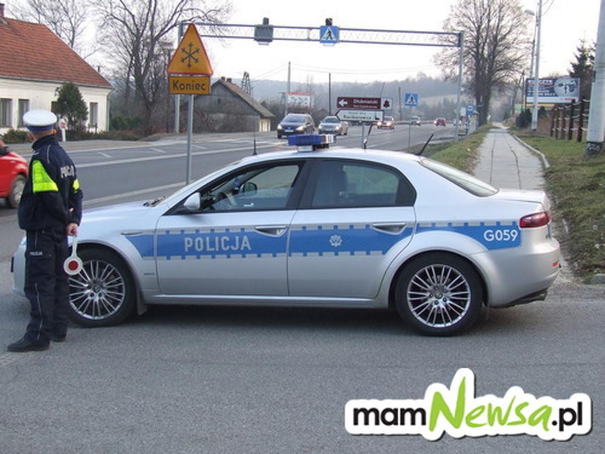 Akcja policji. Na celowniku kierowcy, którzy zajmują się nielegalnym przewozem osób