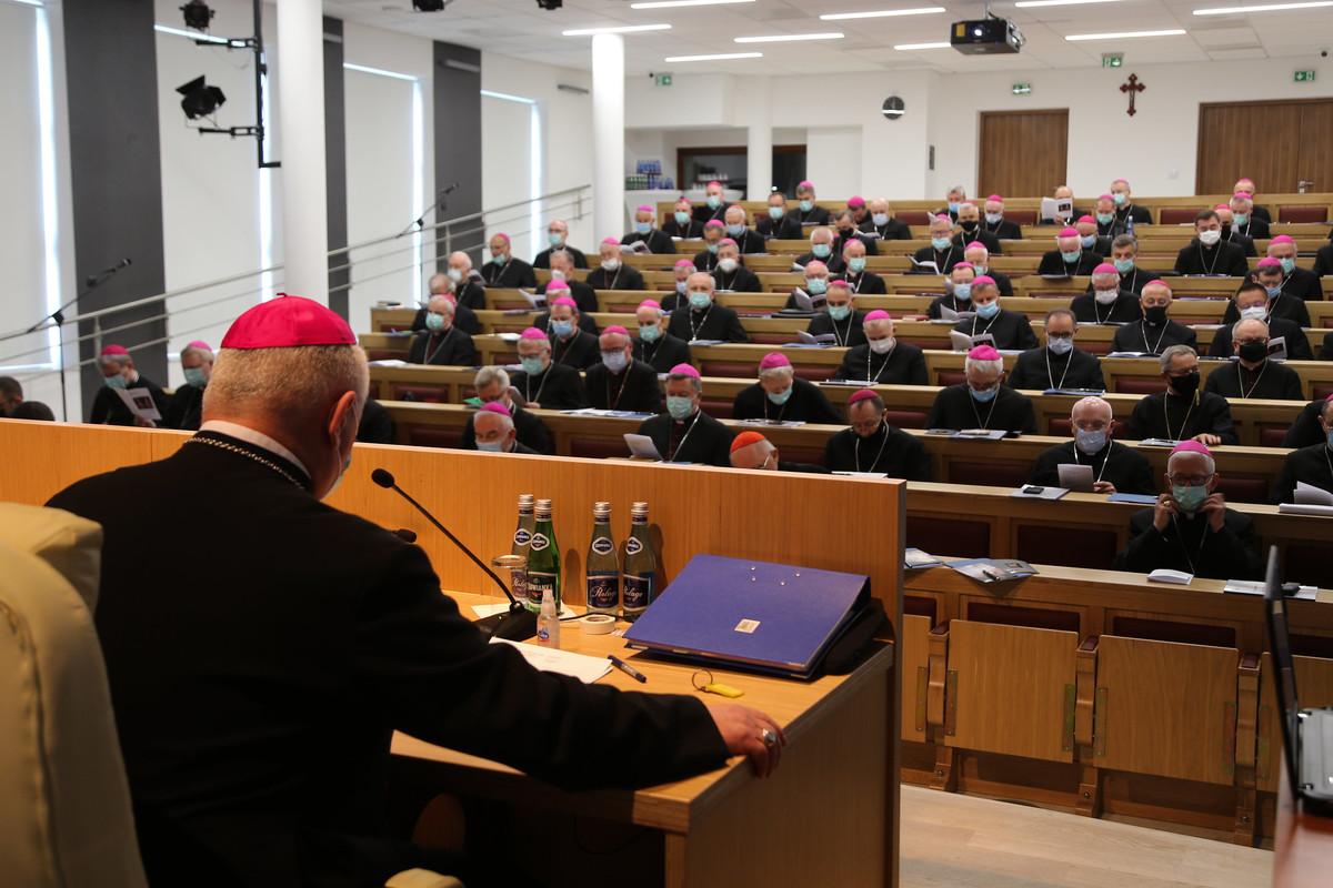Obrady biskupów w Kalwarii Zebrzydowskiej. Co zdecydowali?
