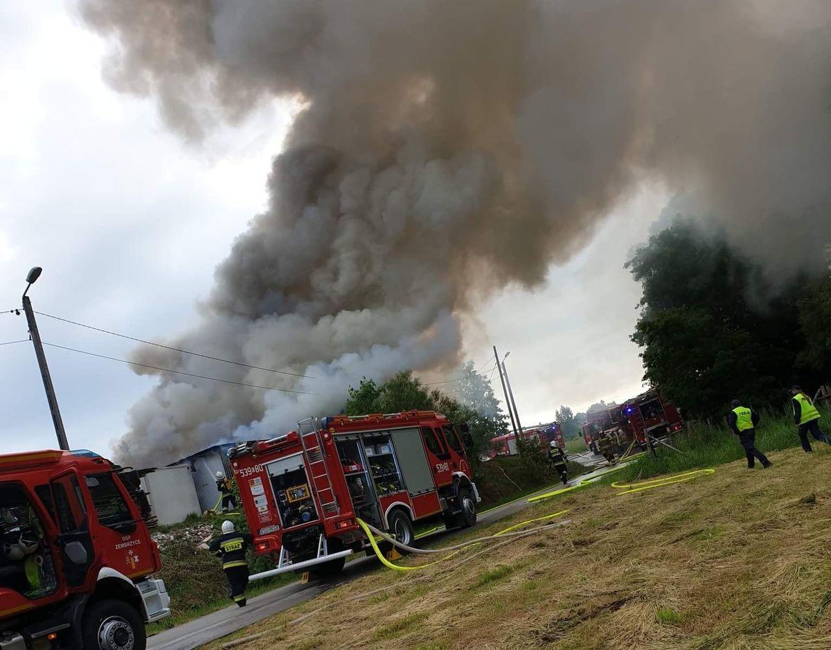 Gigantyczne straty po pożarze zakładu