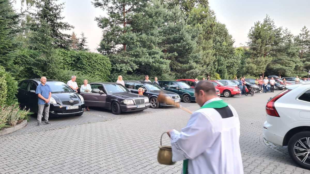 W niedzielę poświęcili samochody [FOTO]