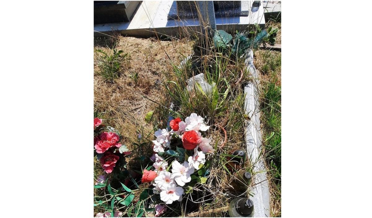 Starszy mężczyzna wyprzedaje co ma, aby postawić zmarłej żonie pomnik na cmentarzu [AKTUALIZACJA]