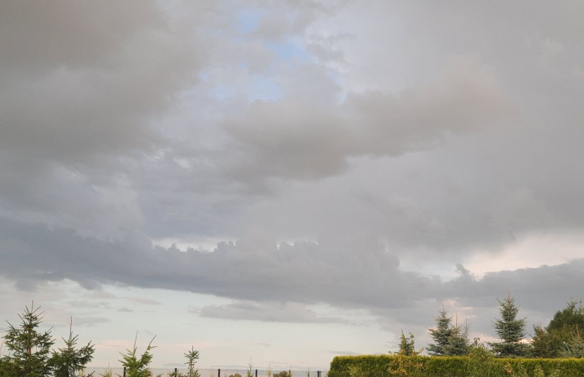 Opady i burze na horyzoncie