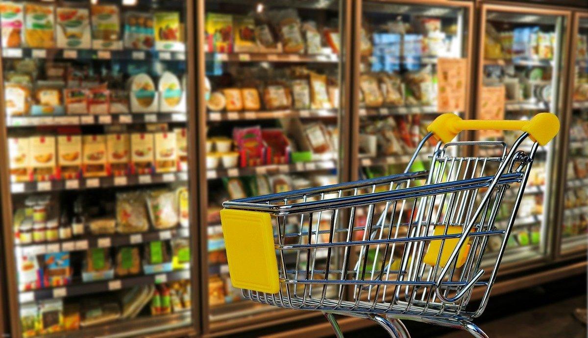 Kolejna sieć handlowa otworzyła sklepy w niedziele