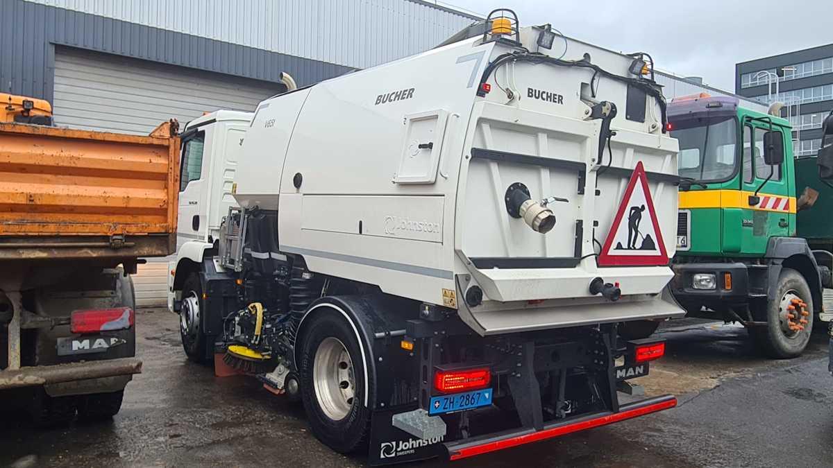 Nowy sprzęt do czyszczenia ulic w Andrychowie