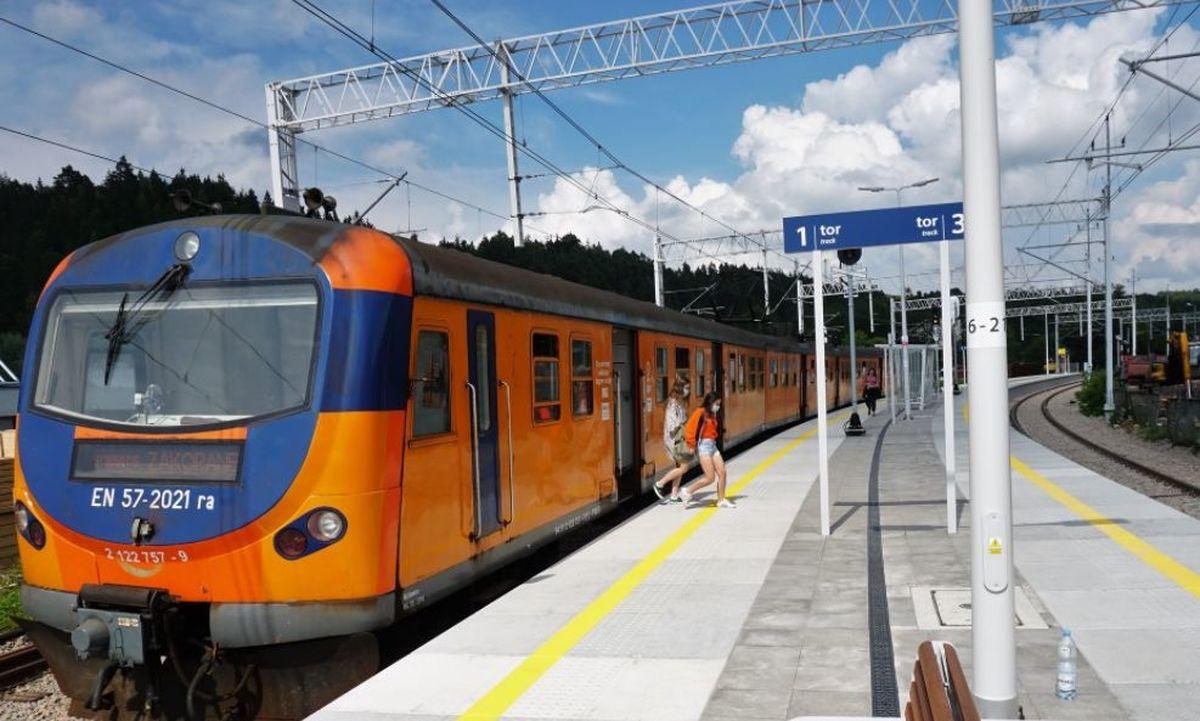 Rusza przebudowa peronów i torów na kolejowej zakopiance