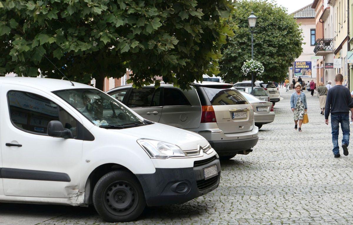 Skończy się parkowanie na Zatorskiej?