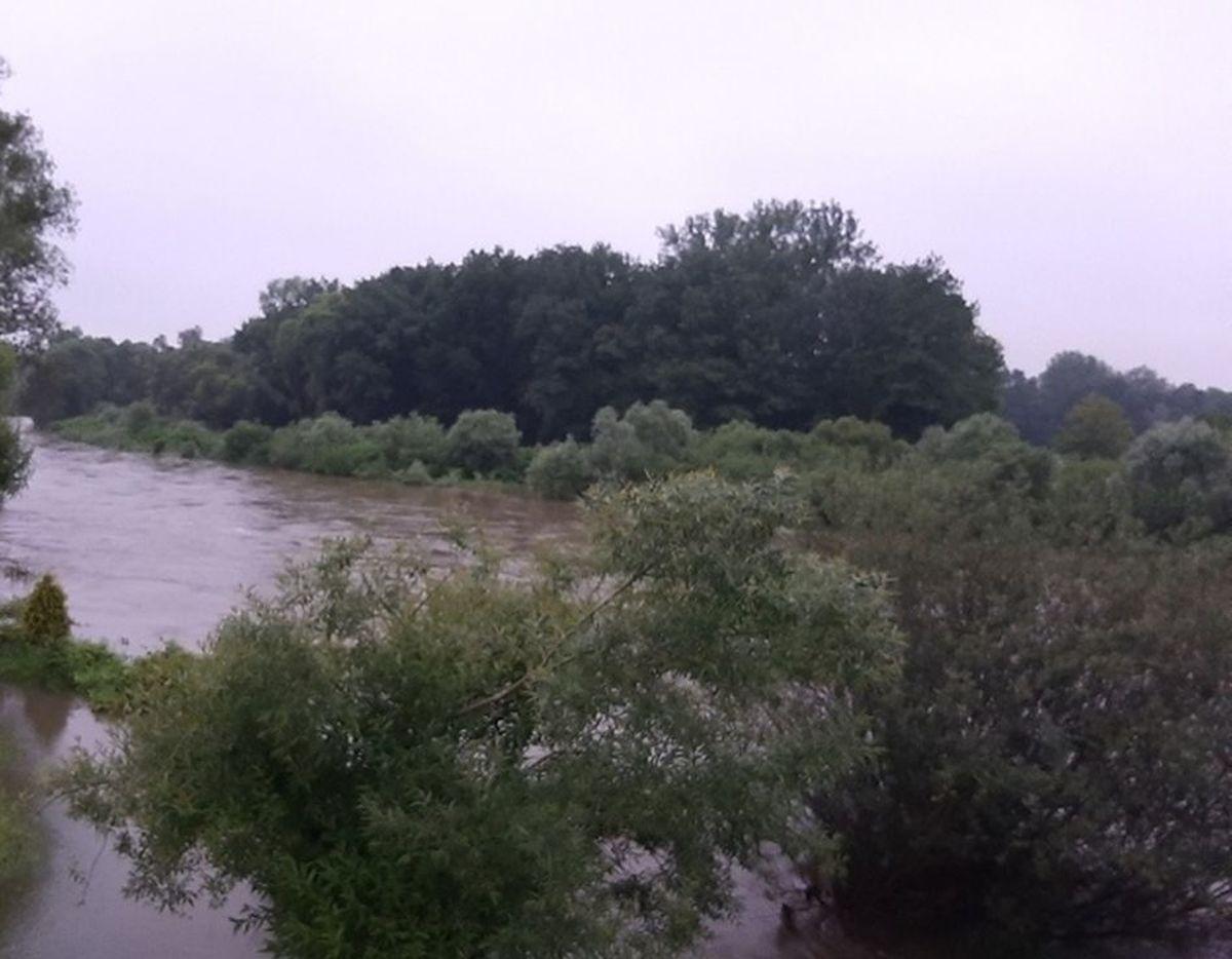 Alarm przeciwpowodziowy w gminie Kęty