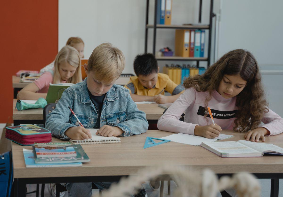Najzdolniejsi uczniowie będą co miesiąc dostawać od 150 do 350 zł