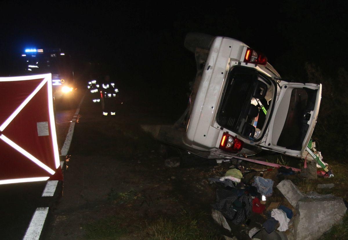 W nocnym wypadku zginął 28-letni kierowca