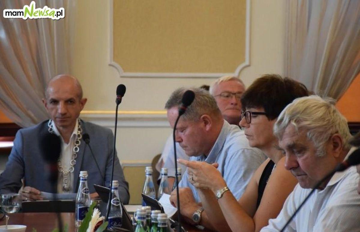Radni zarzucili burmistrzowi Andrychowa niegospodarność