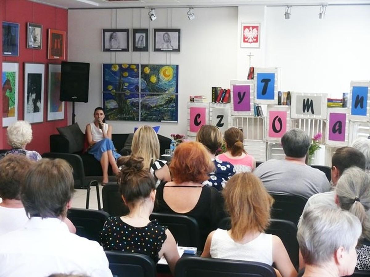 Znani pisarze zawitają do Wadowic
