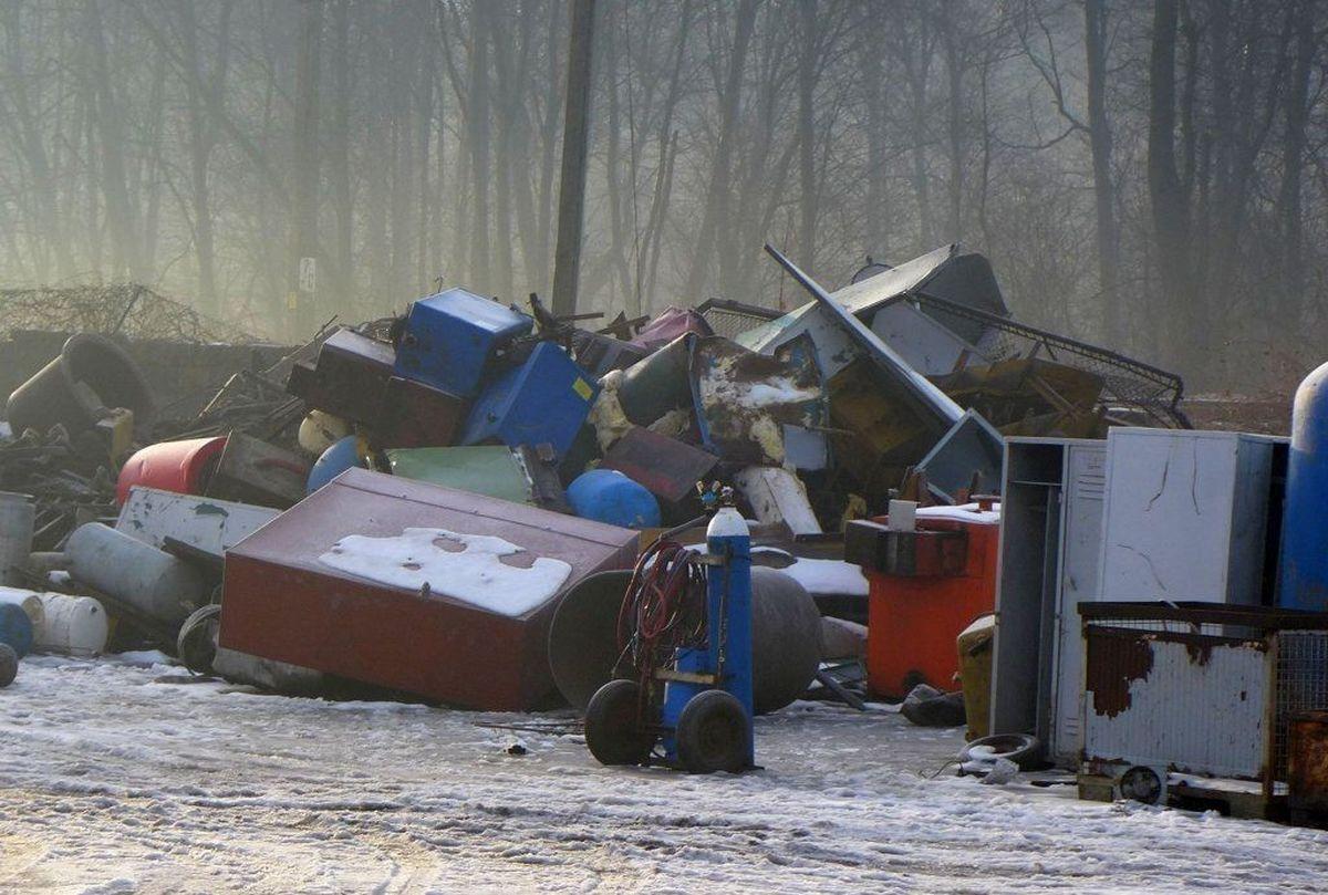 Kolejna straż pożarna zbiera złom, żeby zdobyć pieniądze na sprzęt