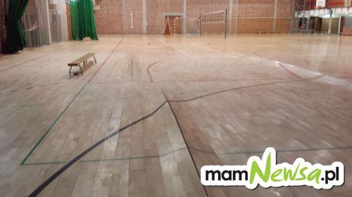 Po wielkiej ulewie: zniszczenia w sali gimnastycznej [AKTUALIZACJA]