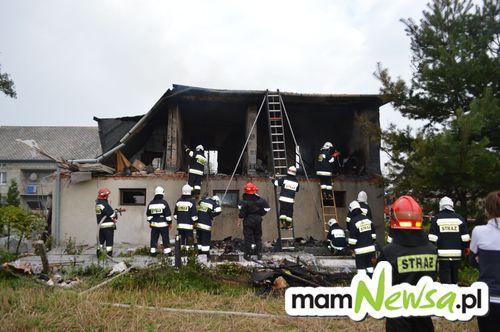 Dramat w Wieprzu. Jedna osoba poszkodowana po wybuchu gazu [FOTO, VIDEO]