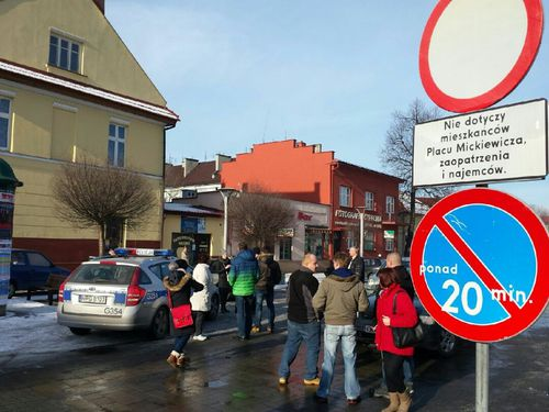 Zamieszanie na placu Mickiewicza. Sypią się mandaty