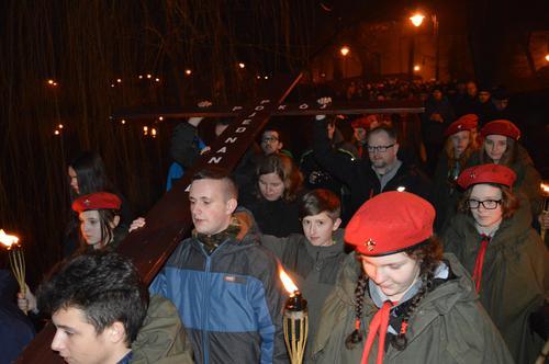 Droga Krzyżowa przeszła ulicami Andrychowa [FOTO]