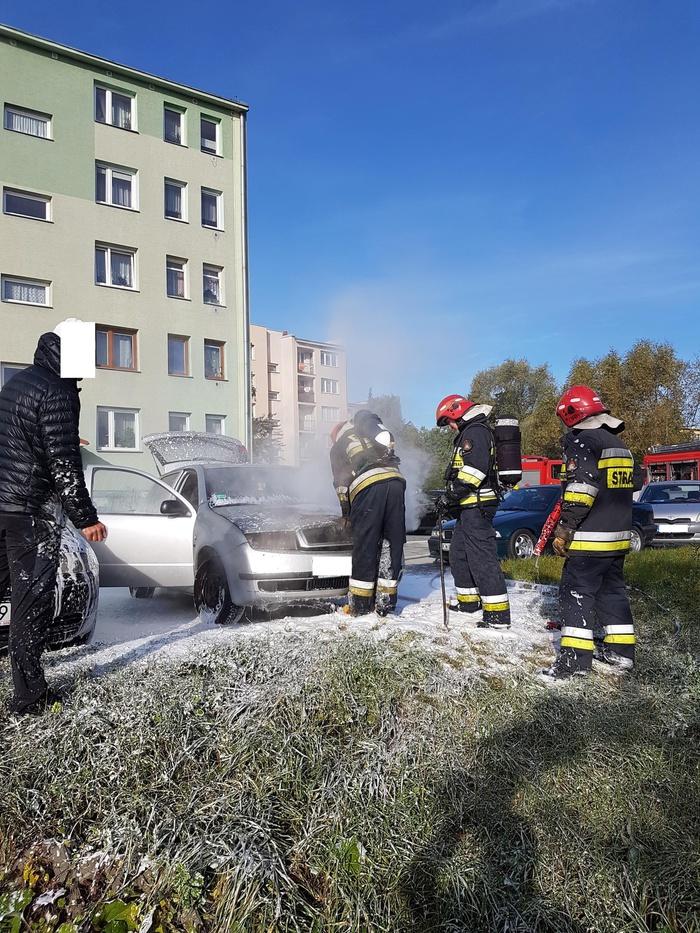 Groźny pożar samochodu w Andrychowie [FOTO]